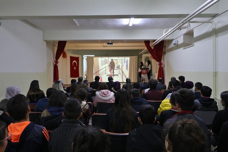 Anadolu Lisesi Engelliler Günü